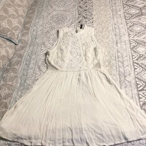 Cream colored lace mini dress size 6
